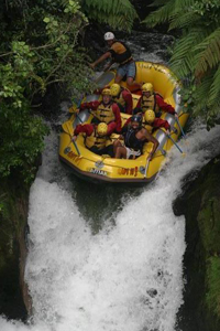 bachelors-party-options-white-water-rafting